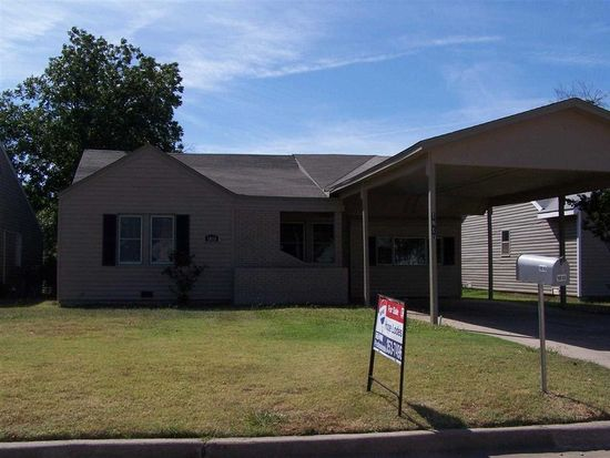 1810 NW Bell Ave, Lawton, OK 73507