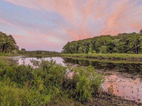 2 Weir Meadow Path, Wayland, MA 01778