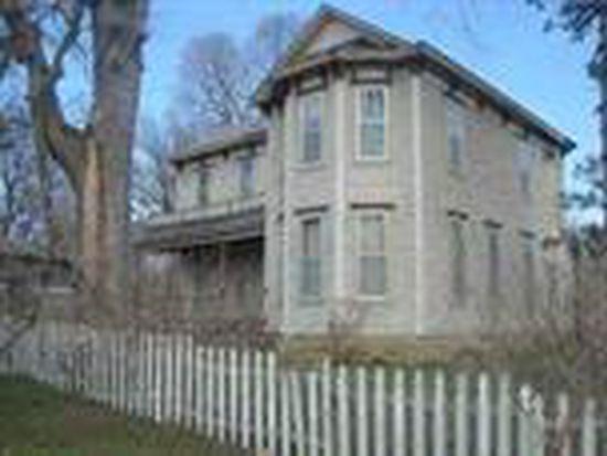 212 Olive St, Windsor, MO 65360