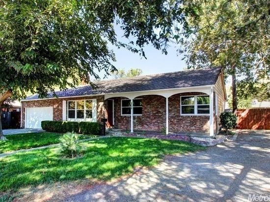 1301 Homewood Dr, Woodland, CA 95695