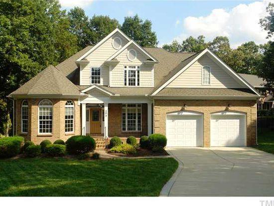 204 Magnolia Cir, Clayton, NC 27527