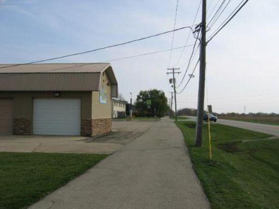101 E Mcevilly Rd, Minooka, IL 60447