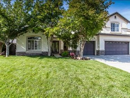 1046 Vineyard Dr, Oakley, CA 94561