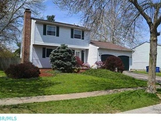 1303 Peppercorn Dr, Galloway, OH 43119