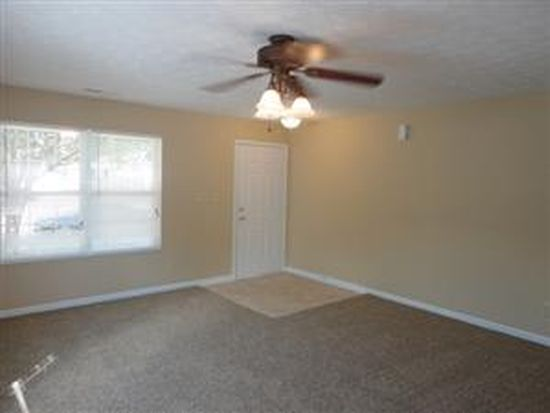 7101 Red Lake Ct, Indianapolis, IN 46217