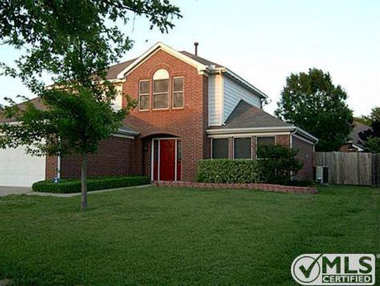 4422 Hanover St, Grand Prairie, TX 75052