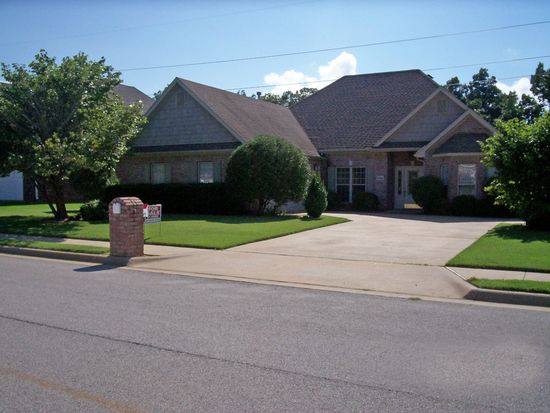 1504 Breckenridge Loop, Rogers, AR 72756