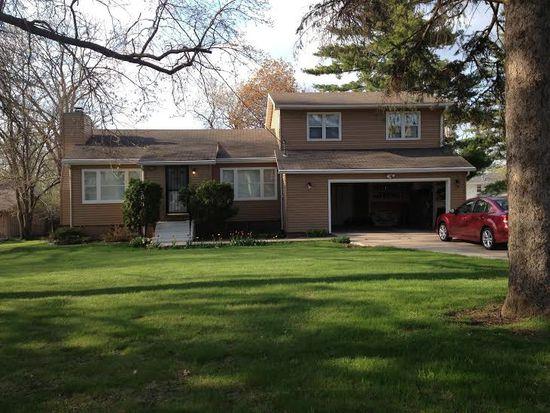 6431 Washington Ave, Windsor Heights, IA 50324