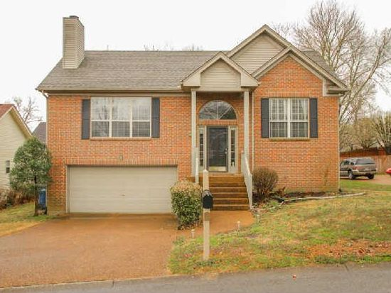 329 Witham Ct, Goodlettsville, TN 37072
