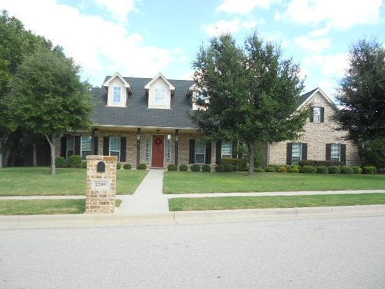 2209 Springwood Ln, Weatherford, TX 76087