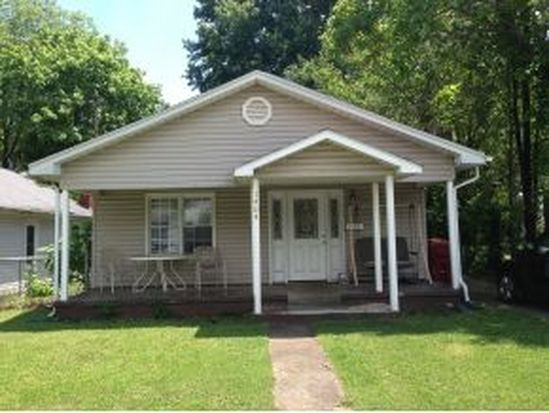 1404 E Fairview Ave, Johnson City, TN 37601