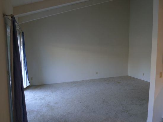 255 S Rengstorff Ave APT 140, Mountain View, CA 94040