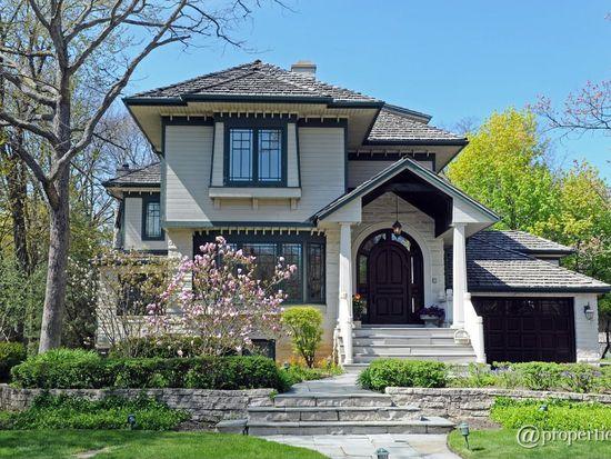 135 Hawthorn Ave, Glencoe, IL 60022