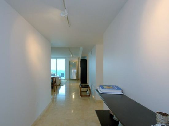 2101 Brickell Ave APT 2201, Miami, FL 33129