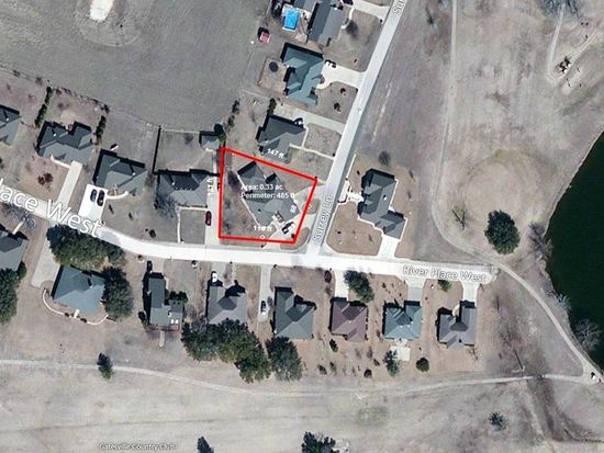 202 Riverplace W, Gatesville, TX 76528