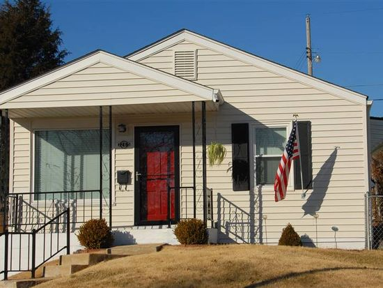 3265 Voerster Ave, Saint Louis, MO 63139