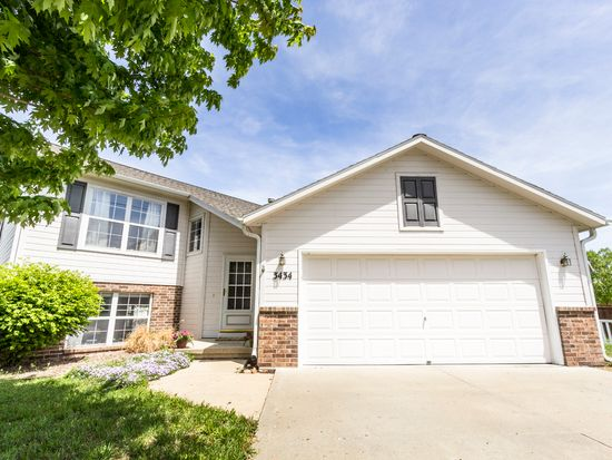 3434 Woodduck Way, Manhattan, KS 66503