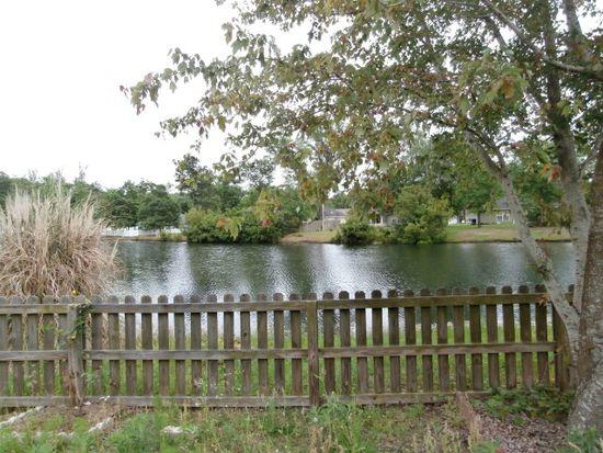 104 Bridgewater Cir, Brunswick, GA 31525