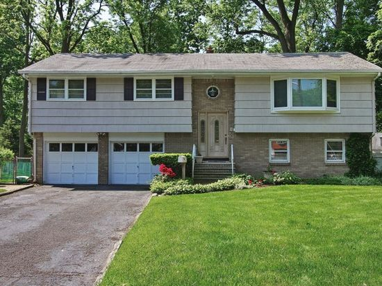5 Kennedy Ct, North Plainfield, NJ 07062