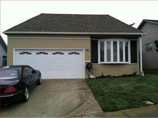 5020 Palmetto Ave, Pacifica, CA 94044