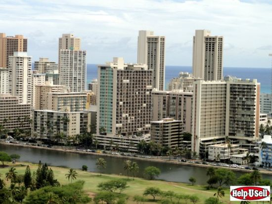 583 Kamoku St, Honolulu, HI 96826
