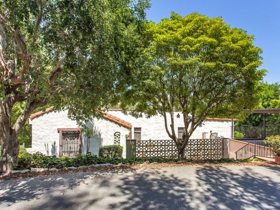 2374 Hollyridge Dr, Los Angeles, CA 90068