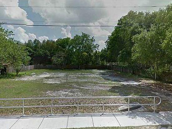 1907 E 139th Ave, Tampa, FL 33613