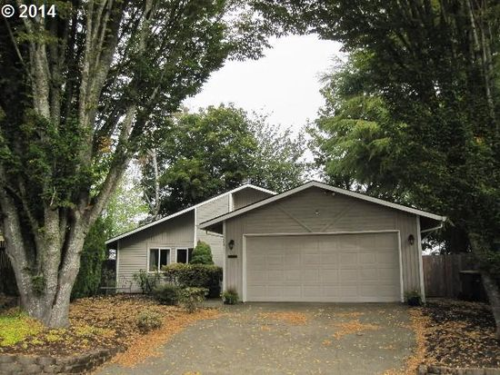 12645 SW Katherine St, Tigard, OR 97223