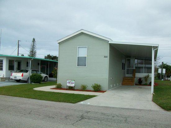 200 3rd St E, Nokomis, FL 34275