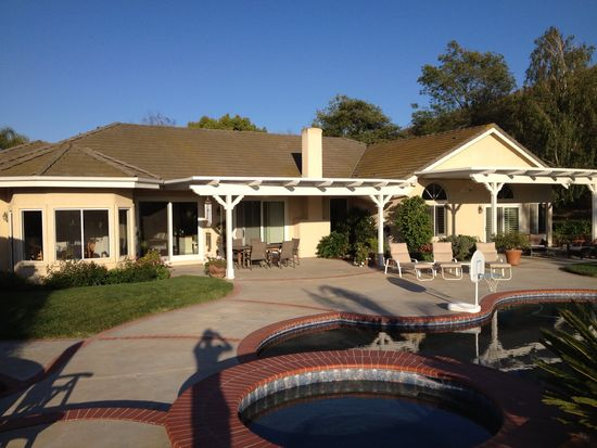 1360 Lynnmere Dr, Thousand Oaks, CA 91360