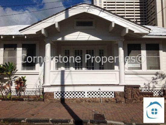 1307 Waiau Pl, Honolulu, HI 96814