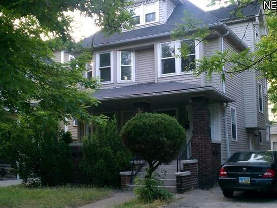 9015 Columbia Ave, Cleveland, OH 44108