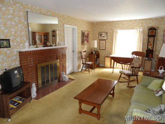 110 Winchester Dr, New Hartford, NY 13413