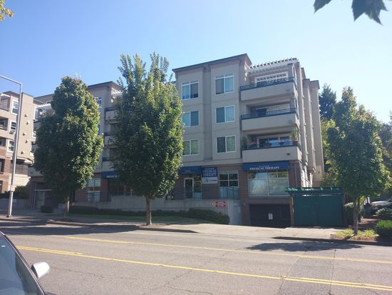 8760 Greenwood Ave N APT N302, Seattle, WA 98103