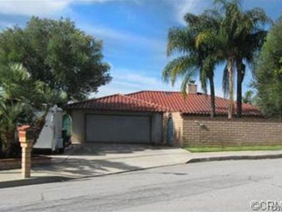28331 Carriage Hill Dr, Highland, CA 92346