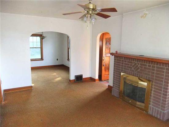 815 Zimmerman St, Jeannette, PA 15644