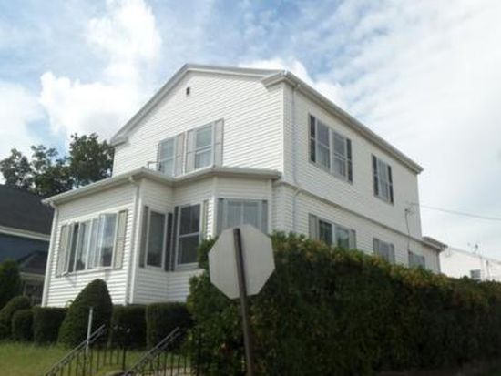 121 Burgess Ave, East Providence, RI 02914