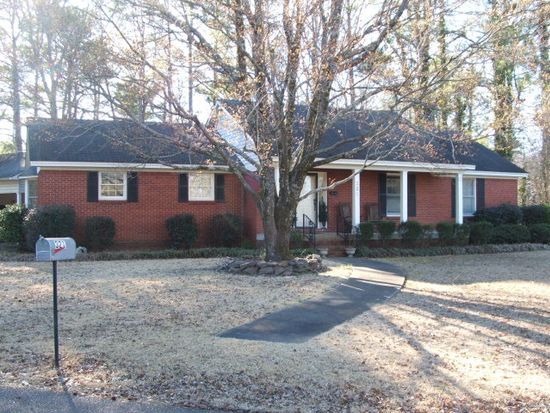 321 Markette St, Water Valley, MS 38965