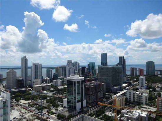 185 SW 7th St APT 4402, Miami, FL 33130