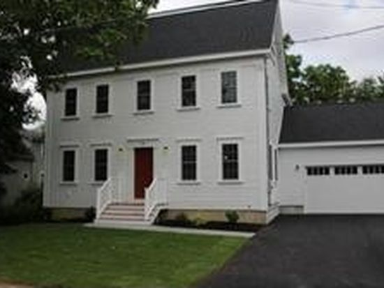 34 Pleasant St, Rowley, MA 01969