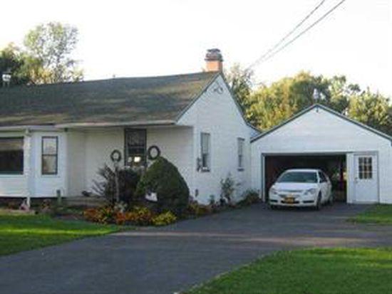 5011 Saunders Settlement Rd, Lockport, NY 14094