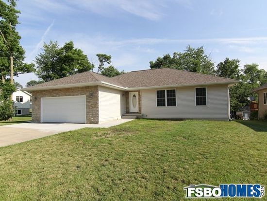 2609 Handley Ct SW, Cedar Rapids, IA 52404