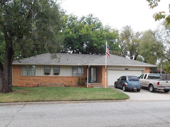 10709 Greystone Ave, Oklahoma City, OK 73120