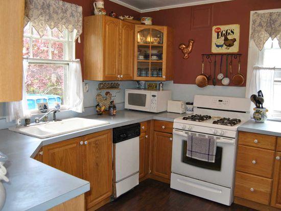 513 Glenview St, Philadelphia, PA 19111