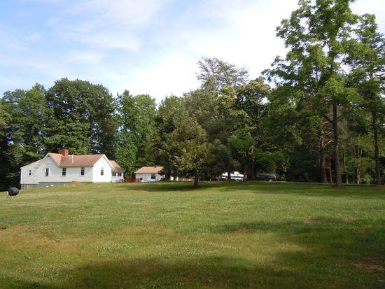 5221 Brentwood Farm Dr, Fairfax, VA 22030
