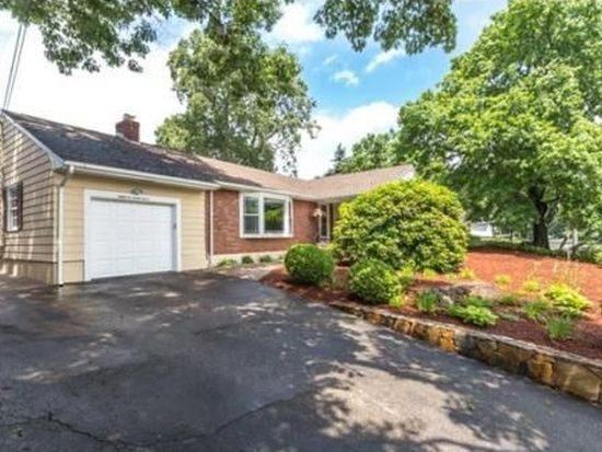 81 Forest St, Stoneham, MA 02180