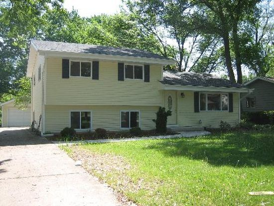 6013 Grand Ave, Downers Grove, IL 60516
