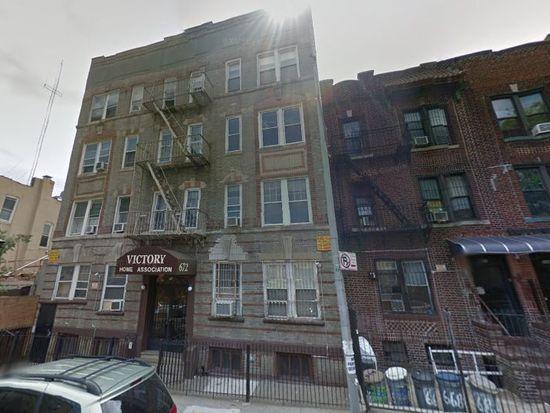 672 46th St, Brooklyn, NY 11220