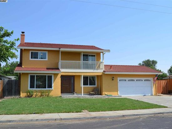 5524 Oakmont Cir, Livermore, CA 94551