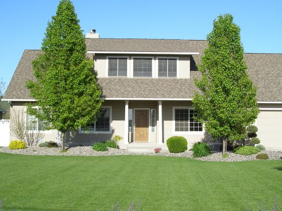 214 NW Evans Ave, College Place, WA 99324